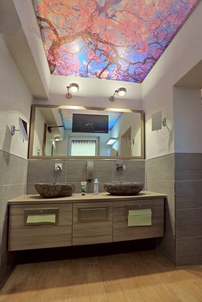ein himmel ber dem wc k nig b der. Black Bedroom Furniture Sets. Home Design Ideas