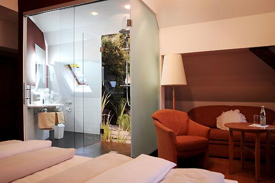 hotel wiesend kulmain k nig b der. Black Bedroom Furniture Sets. Home Design Ideas