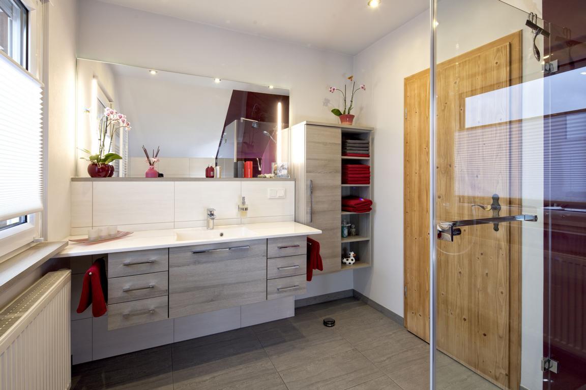 privatbad ottendorf okrilla k nig b der. Black Bedroom Furniture Sets. Home Design Ideas