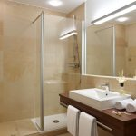 Modernisierte Hotelbäder sorgen für bleibende Eindrücke bei Ihren Gästen.
