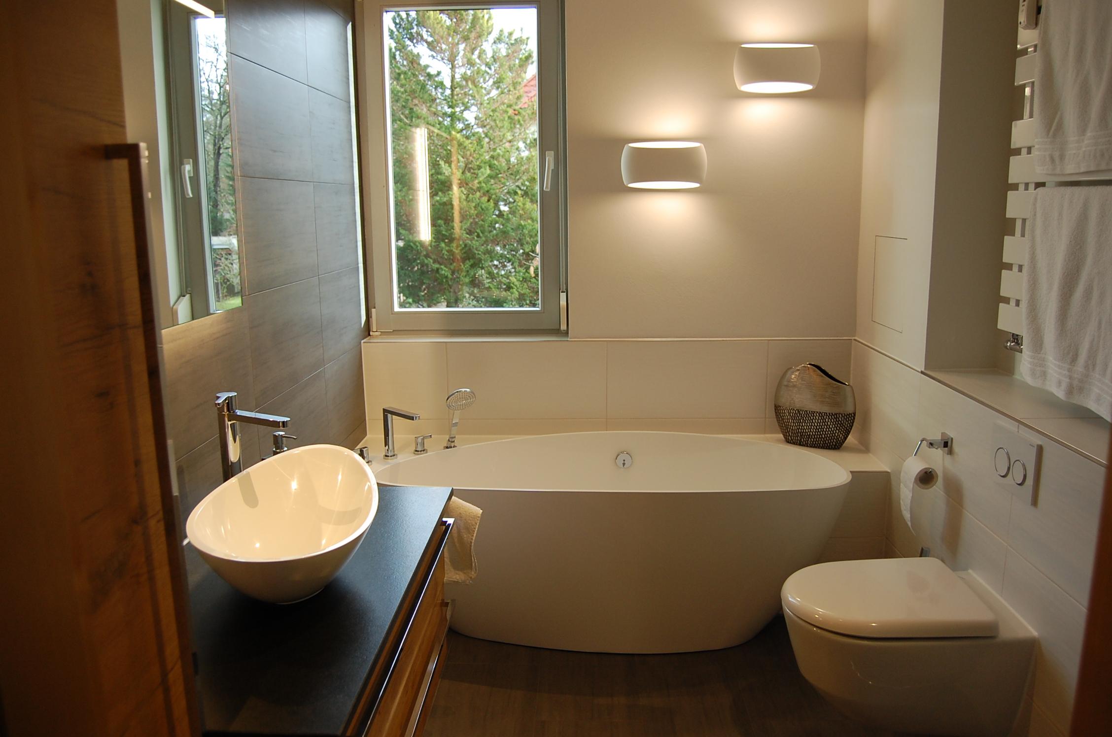 Optimale Raumausnutzung: Da passt sogar eine Badewanne hinein.
