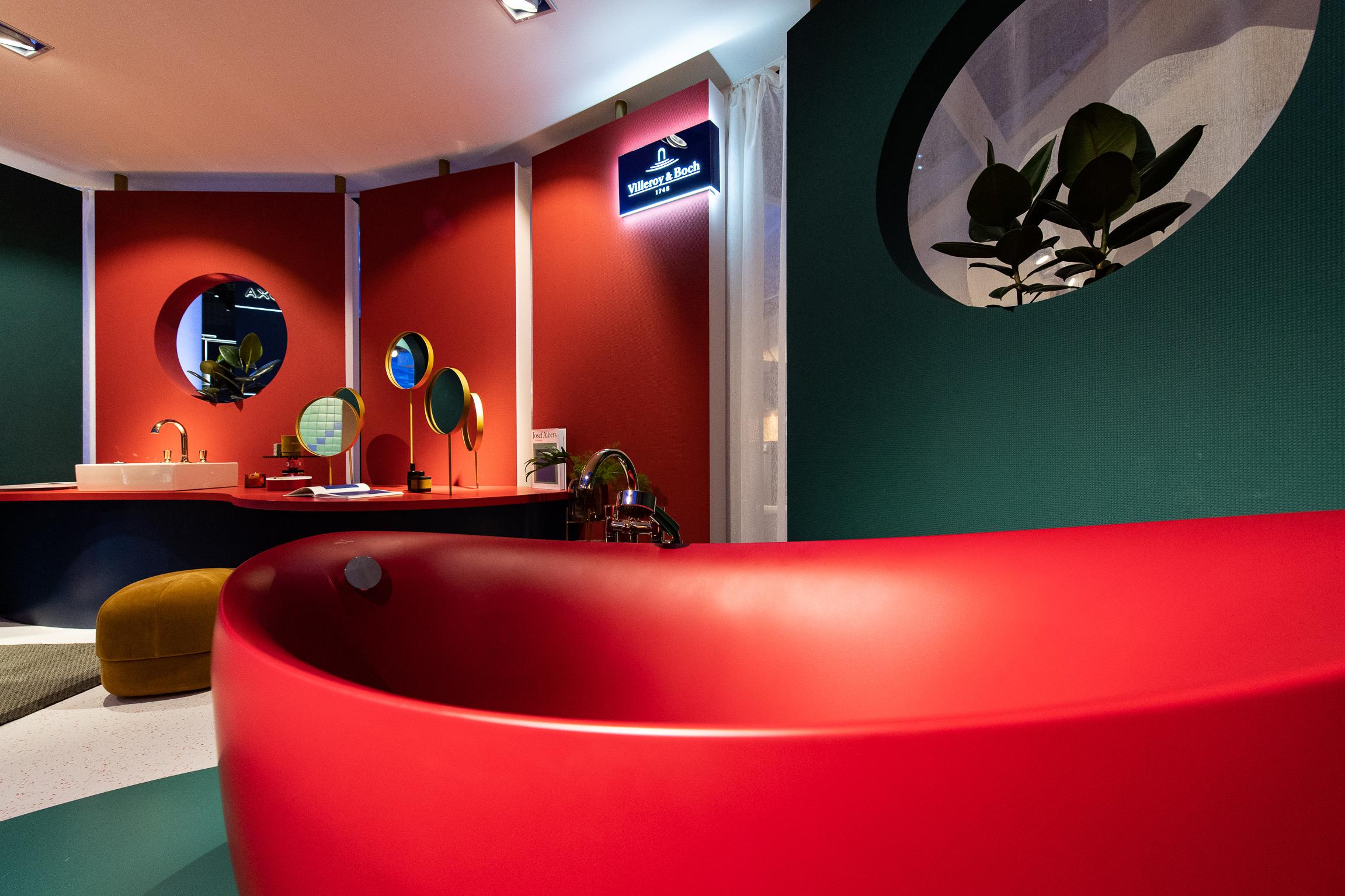 Mut zur Farbe - auch bei der Wanne (Foto: Messe Frankfurt GmbH / Pietro Sutera)